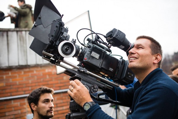 Simon Krzic on set
